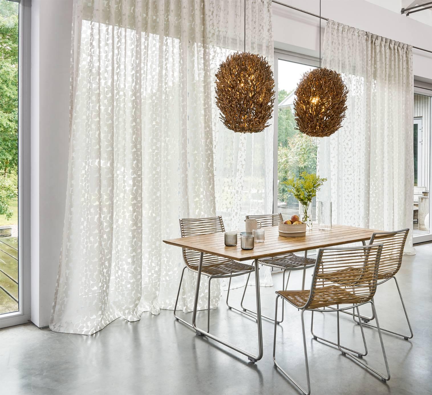 gardinen in stuttgart von metzler. Black Bedroom Furniture Sets. Home Design Ideas